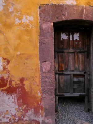 Door San Miguel