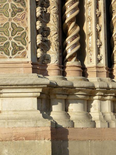Orvieto church detail