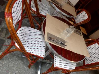 Red spotted chairs Paris