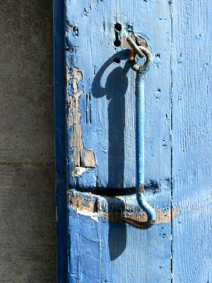 Latch on blue door France